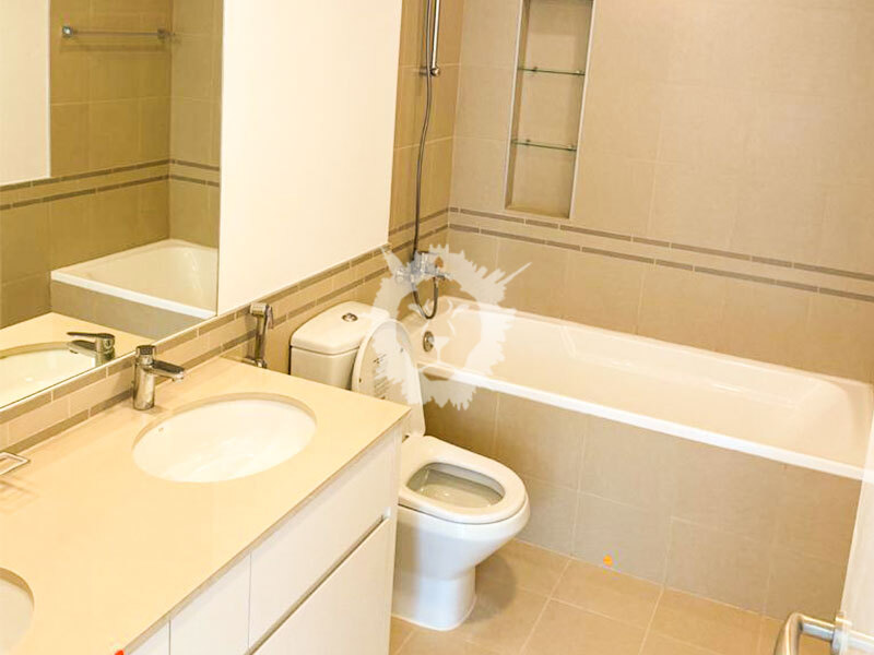 Great Layout and Well Maintained 3 Bedroom  Apartment